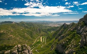 cycling_in_catalania-montserrat